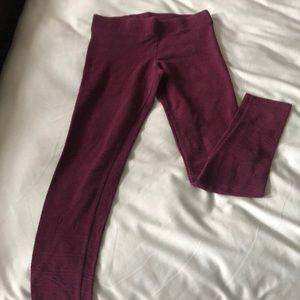 American Eagle burgundy leggings w/ pattern